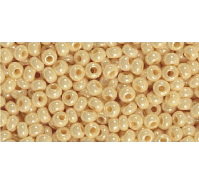 Бисер Preciosa 10/0 №47115 Непрозрачный люстровый кремовый, 2 сорт (50 гр)