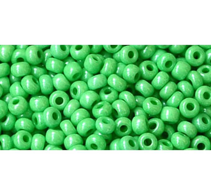 Бисер Preciosa 10/0 №16356 Непрозрачный перламутровый зеленый, 1 сорт (50 гр)
